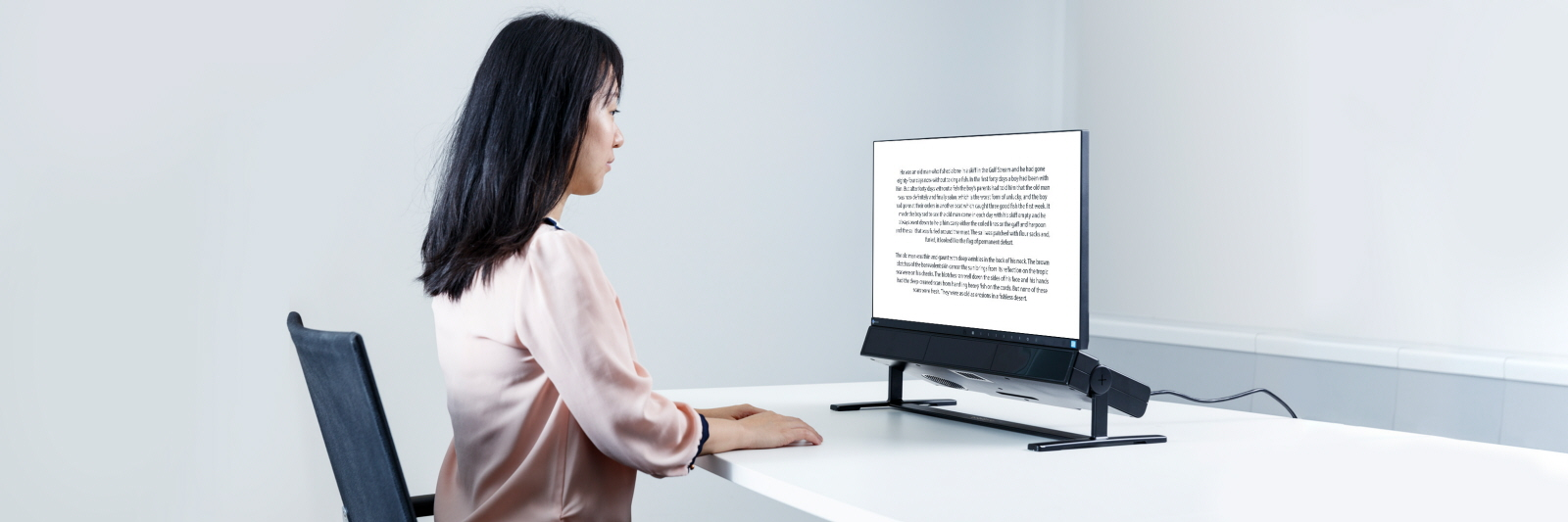 Tobii Pro Spectrum eye tracker is used for reading research