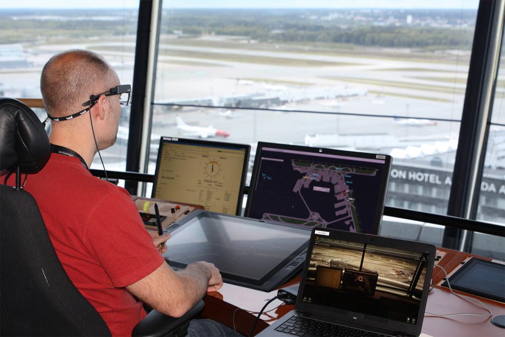 Airport Control Case Image