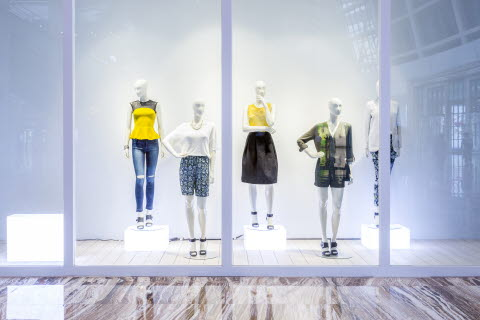 Window display retail shop design
