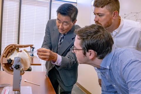 Dr. Miyazaki teaching OBGYN students