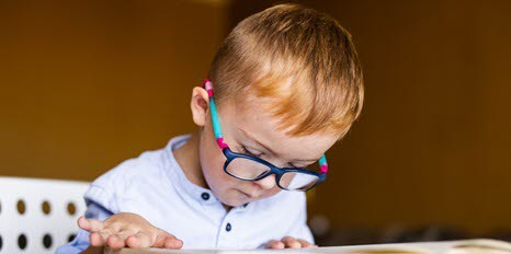 TobiiPro-case-study-How-children-with-and-without-autism-spectrum-disorder-learn-language