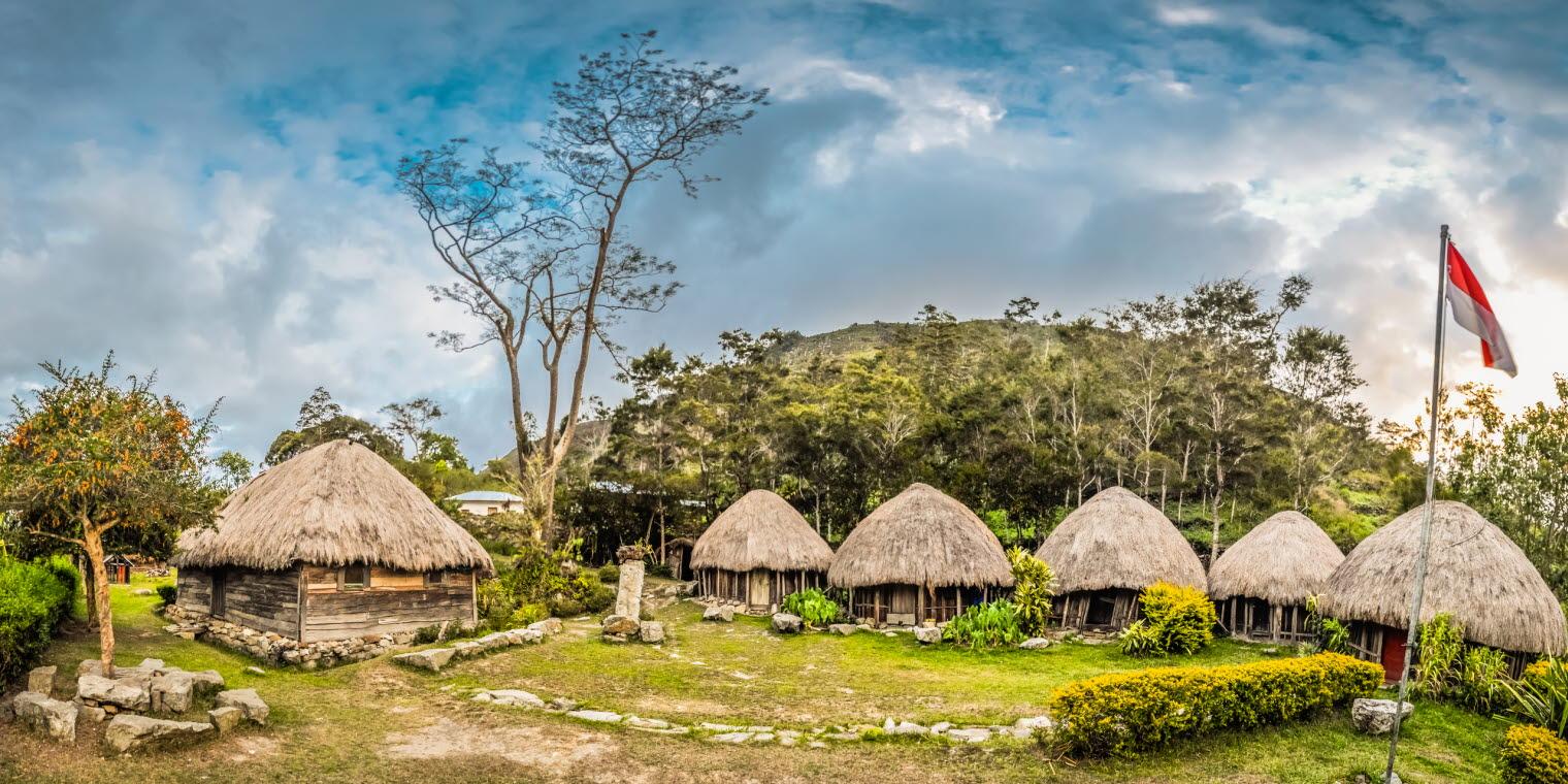 Dr Tanya Broesch eye tracking in Vanuatu